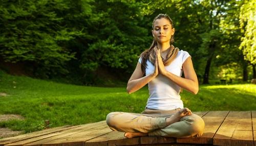 Ngồi thiền ngăn ngừa rối loạn tiêu hóa